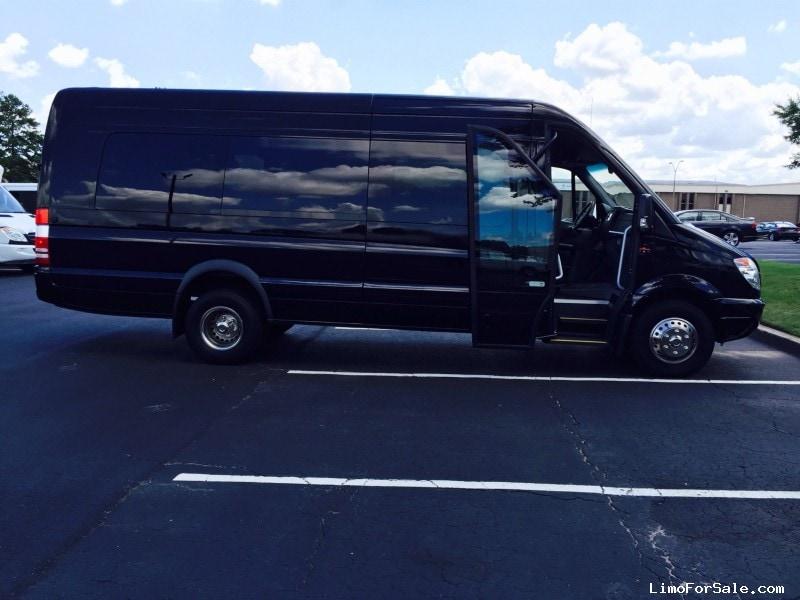 New 2013 Mercedes Benz Sprinter Van Shuttle Tour