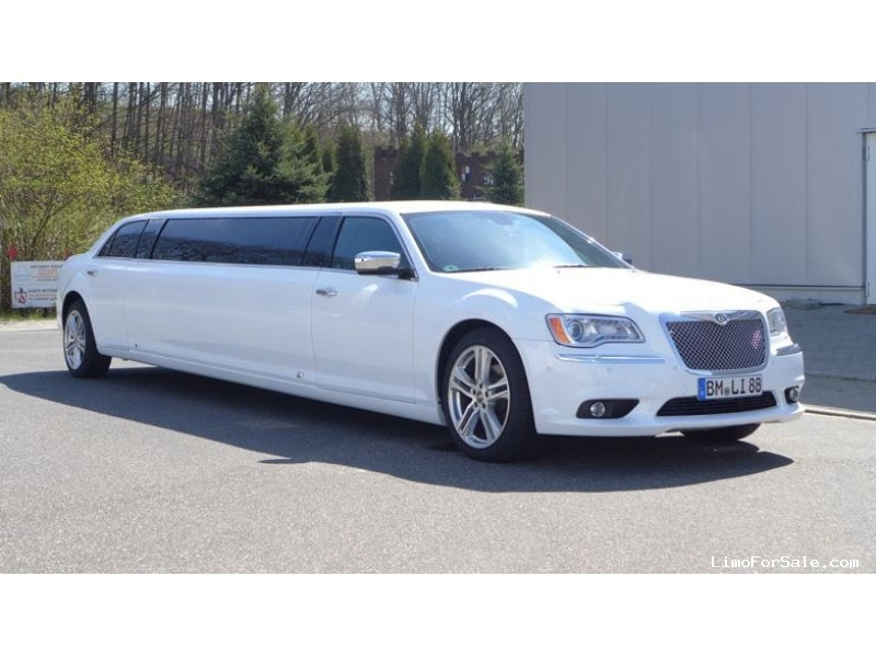 New 2012 Chrysler 300 Sedan Stretch Limo  - Bergheim (Cologne) - $49,999