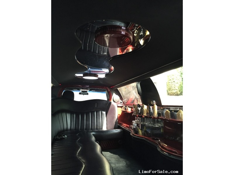 Used 2003 Lincoln Town Car Sedan Stretch Limo Executive Coach