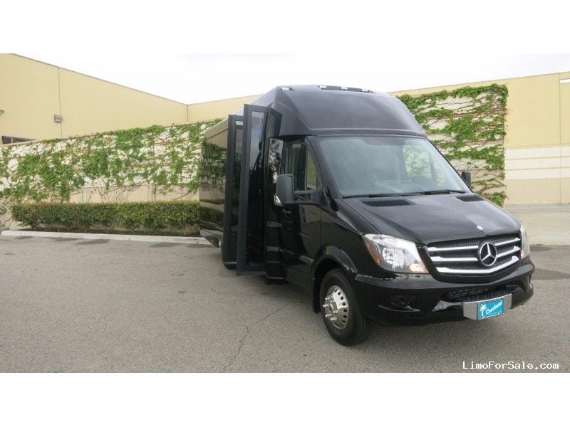 New 2015 mercedes benz sprinter mini bus shuttle tour for Mercedes benz tour bus