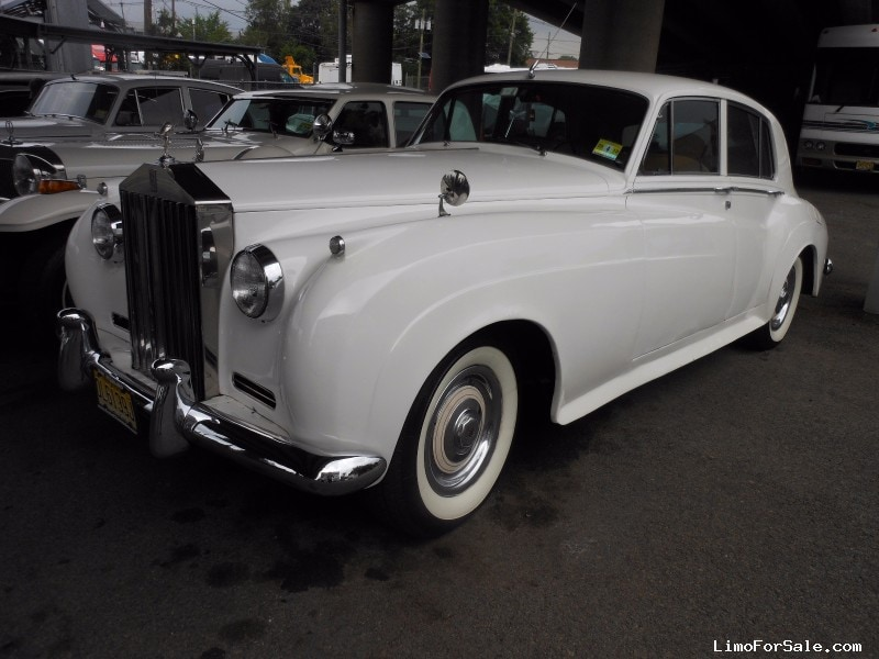 used 1960 rolls royce silver cloud antique classic limo hillside new jersey 42 000 limo. Black Bedroom Furniture Sets. Home Design Ideas