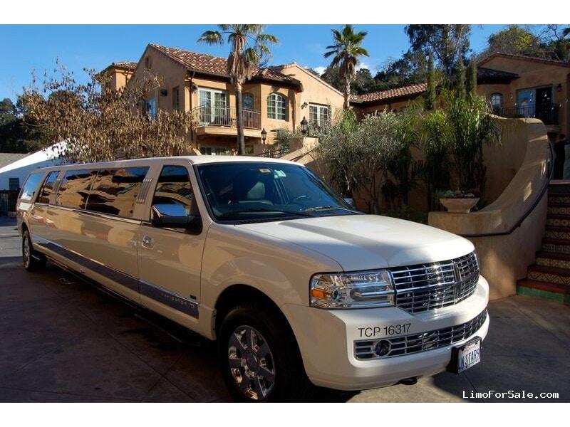 used 2008 lincoln navigator l suv stretch limo tiffany coachworks milpitas california. Black Bedroom Furniture Sets. Home Design Ideas