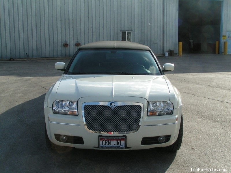 Used 2007 Chrysler 300 Sedan Stretch Limo Lime Lite Coach Works - Idaho Falls, Idaho  - $25,000