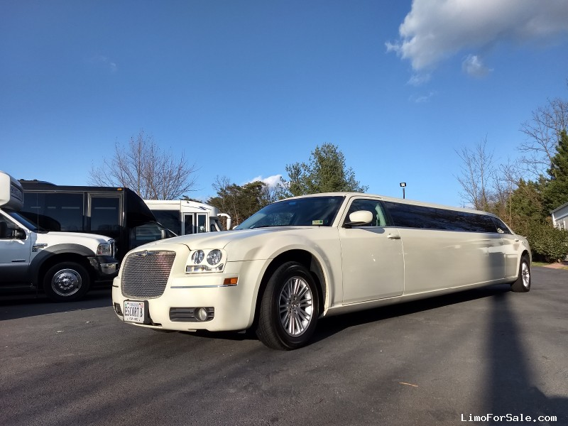 Used 2008 Chrysler 300 Sedan Stretch Limo LA Custom Coach - Sterling, Virginia - $16,800