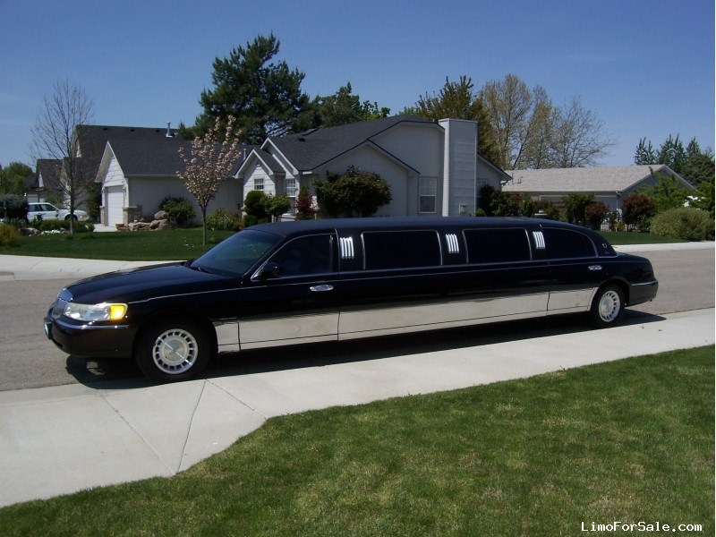 Used 2000 Lincoln Town Car Sedan Stretch Limo American Custom Coach