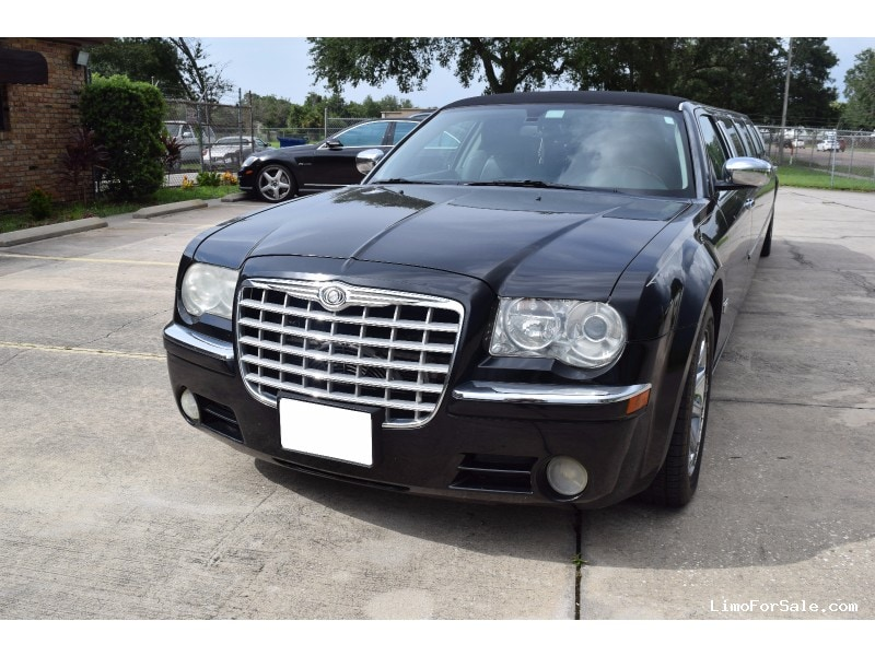 used 2005 chrysler 300 sedan stretch limo westwind orlando florida 12 999 limo for sale. Black Bedroom Furniture Sets. Home Design Ideas