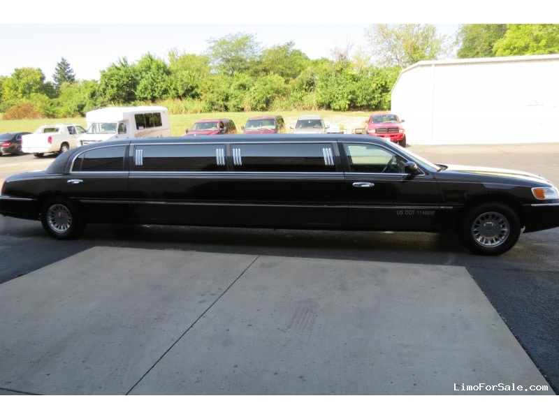 Used 2000 Lincoln Town Car Sedan Stretch Limo Krystal West Chester