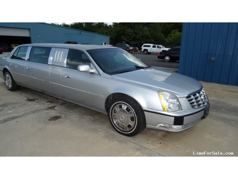 specs cars cadillac dts expert com reviews photos research and