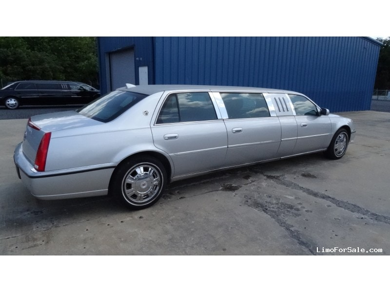 used 2010 cadillac dts funeral limo s s coach company pottstown pennsylvania 15 500 limo. Black Bedroom Furniture Sets. Home Design Ideas