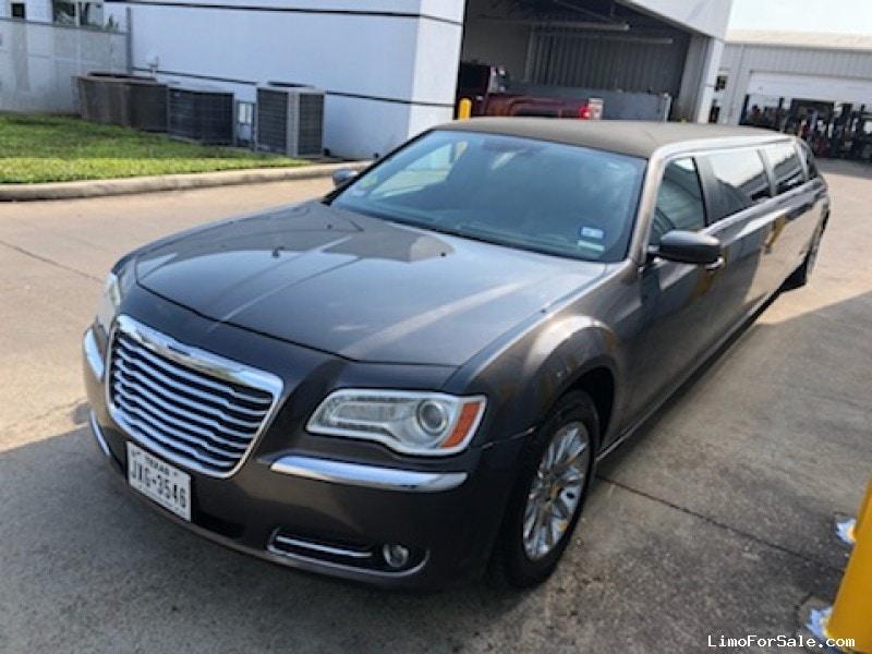 Used 2013 Chrysler Sedan Stretch Limo Executive Coach Builders - HOUSTON, Texas - $24,995