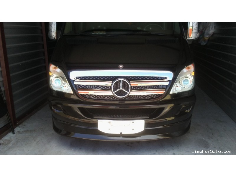 Used 2011 Mercedes-Benz Van Limo Krystal - Miami, Florida - $39,999