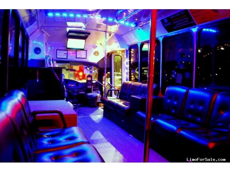 Used 2004 Ford Mini Bus Limo ElDorado - Houston, Texas - $16,500