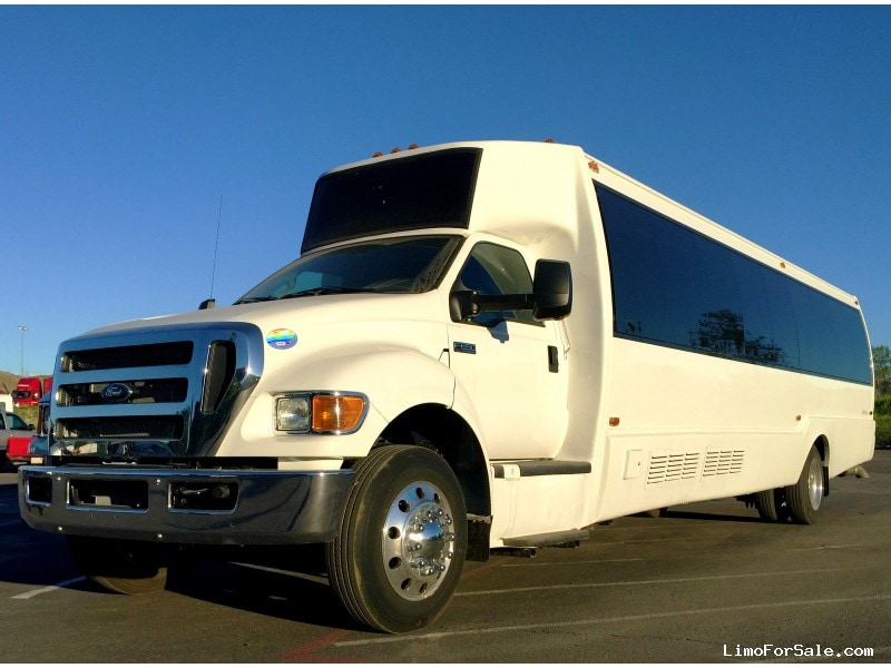Used 2015 Ford Motorcoach Limo Krystal - colton, California - $105,000