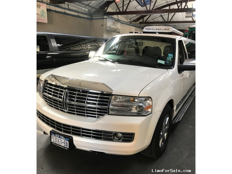 Used 2007 Lincoln Navigator SUV Stretch Limo Royal Coach Builders - Yonkers, New York    - $32,000