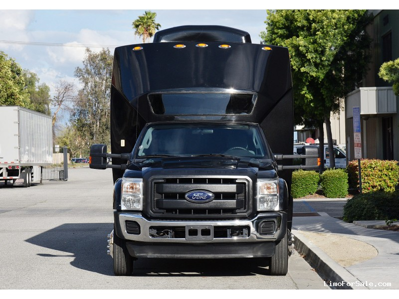 Used 2013 Ford F-550 Mini Bus Shuttle / Tour Tiffany Coachworks - Fontana, California - $39,995