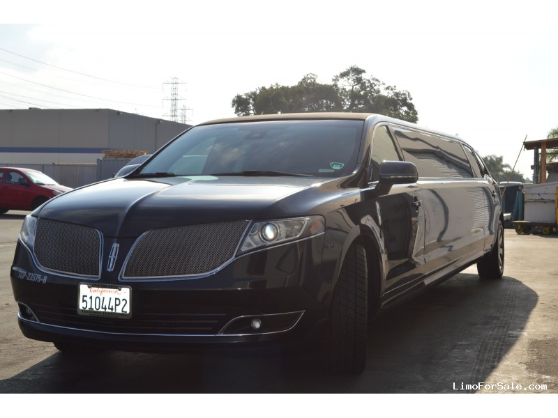 Used 2015 Lincoln MKT Sedan Stretch Limo Tiffany Coachworks - Orange, California - $25,500