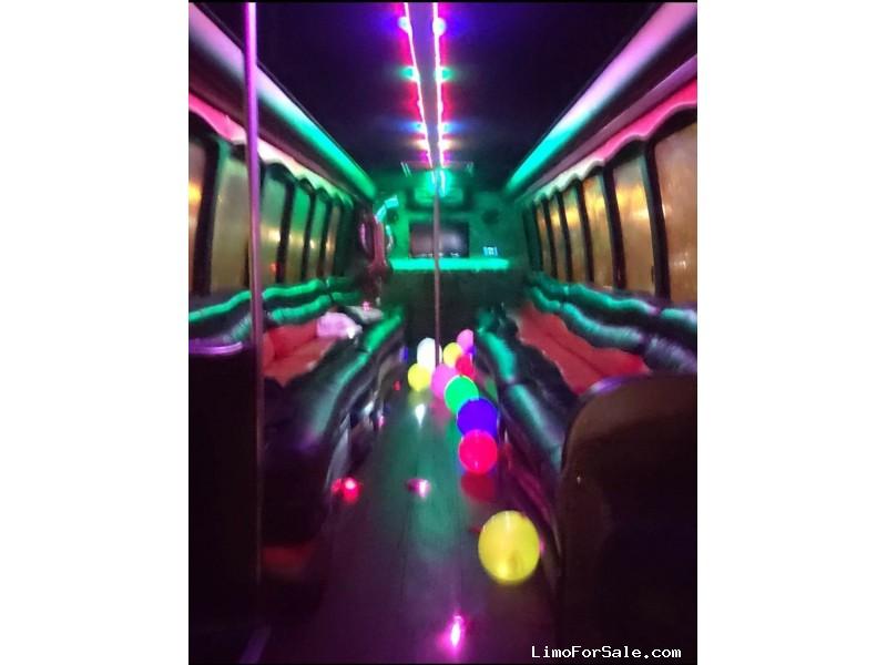 Used 2007 International 3200 Mini Bus Limo NCE - Louisville, Kentucky - $28,000