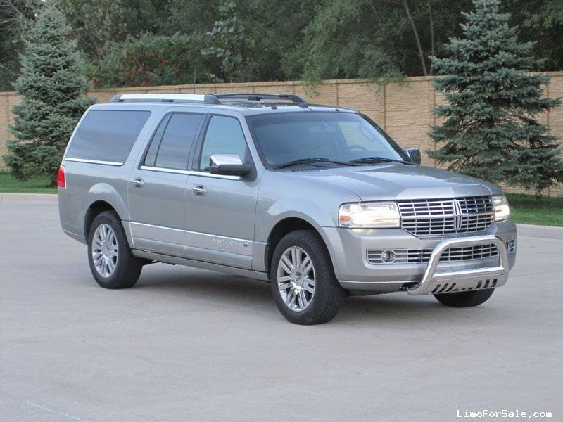 used 2000 lincoln navigator for sale pricing features autos post. Black Bedroom Furniture Sets. Home Design Ideas