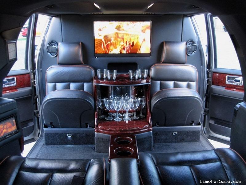 Used 2008 Lincoln Navigator L Suv Limo Burr Ridge Illinois 42 800 Limo For Sale