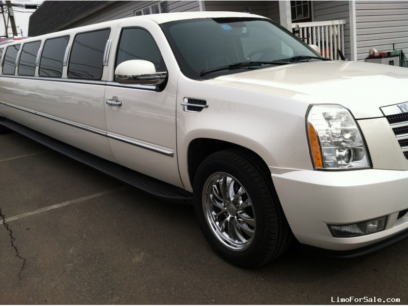 used 2007 cadillac escalade suv stretch limo pinnacle limousine manufacturing spotswood new. Black Bedroom Furniture Sets. Home Design Ideas