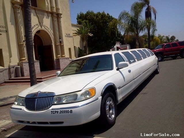 used 1998 lincoln town car sedan stretch limo ultra san diego california 11 999 limo for. Black Bedroom Furniture Sets. Home Design Ideas