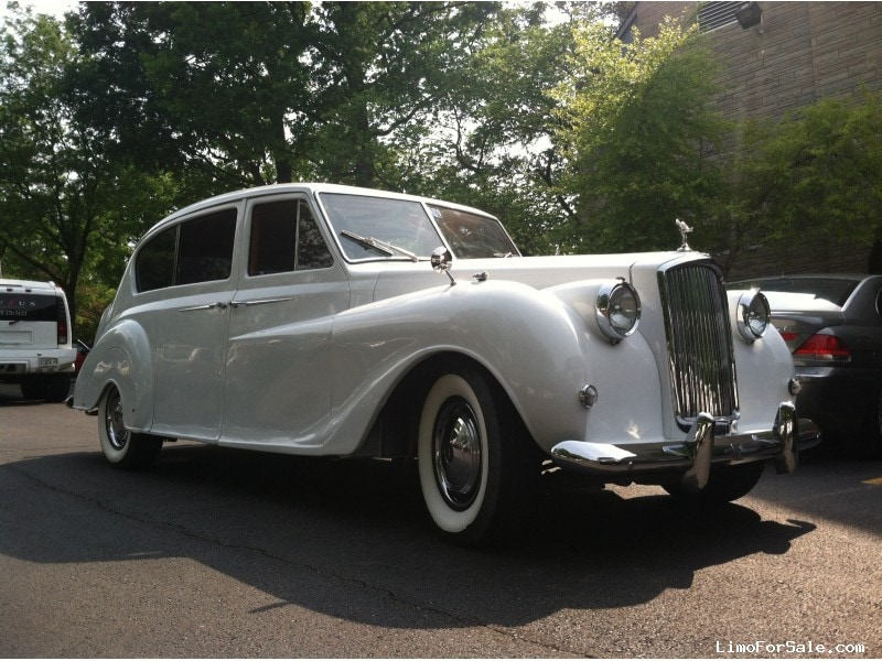 Used Cadillac Escalade For Sale >> Used 1961 Rolls-Royce Austin Princess Antique Classic Limo ...