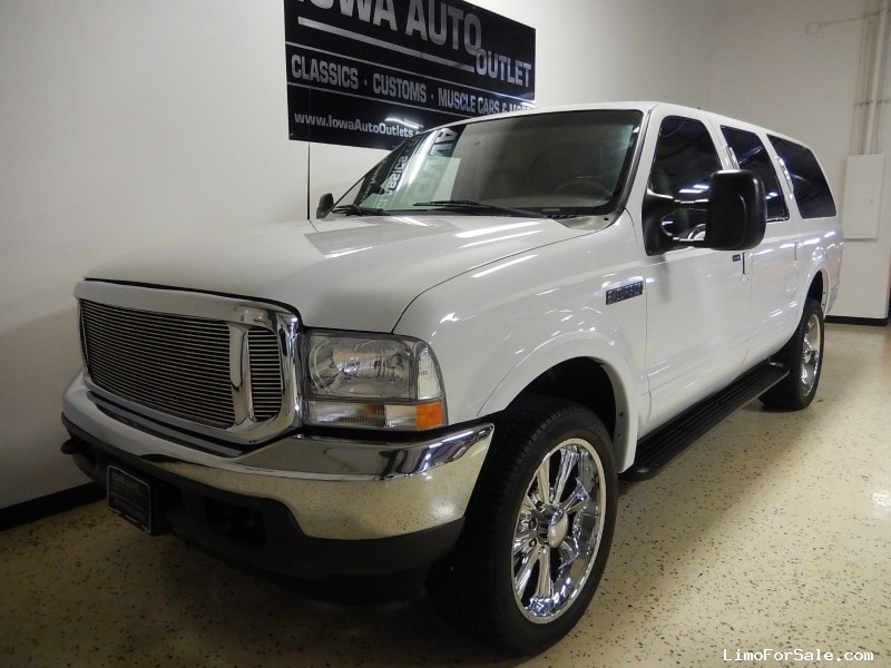 used 2000 ford excursion xlt suv limo grimes iowa 17 995 limo for sale. Black Bedroom Furniture Sets. Home Design Ideas