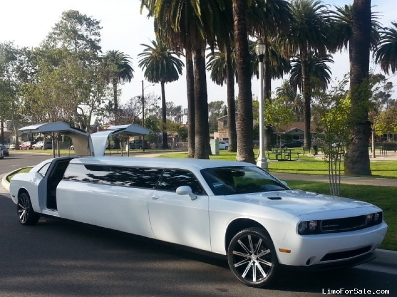 Limo For Sale >> Used 2014 Dodge Challenger Sedan Stretch Limo American Limousine Sales Los Angeles California 74 995