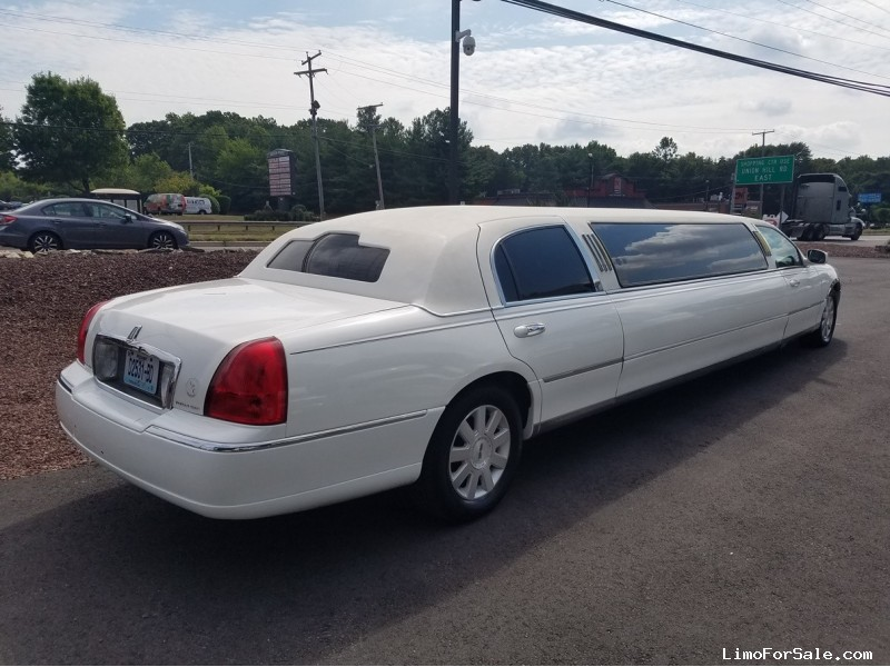 Used 2004 Lincoln Town Car Sedan Stretch Limo US Coachworks, New ...