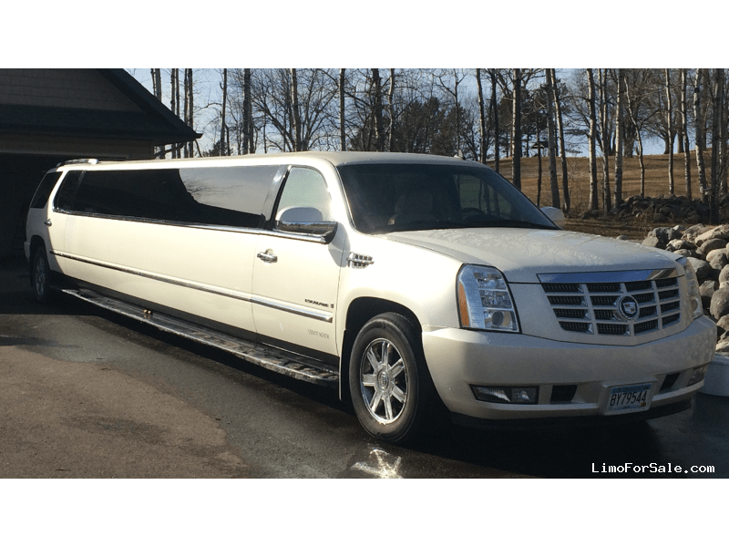 used 2007 cadillac escalade suv stretch limo saginaw minnesota 16 000 limo for sale. Black Bedroom Furniture Sets. Home Design Ideas