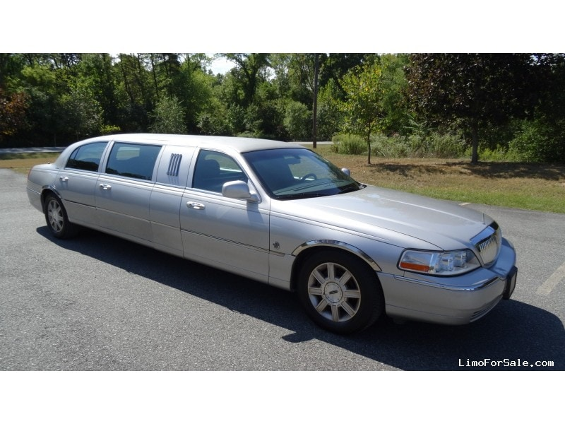 Used 2007 Lincoln Town Car Sedan Stretch Limo Federal - Plymouth Meeting, Pennsylvania - $16,000
