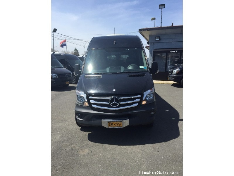Used 2014 Mercedes-Benz Sprinter Van Shuttle / Tour  - East Elmhurst, New York    - $39,999