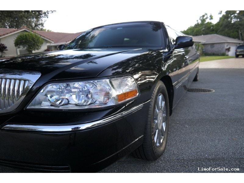 New 2005 Lincoln Town Car Sedan Stretch Limo Krystal - Coral Springs, Florida - $7,995