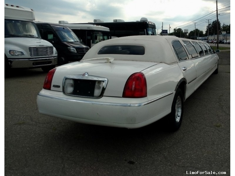 Used 1998 Lincoln Town Car Sedan Stretch Limo Ultra North East Pennsylvania 6 900