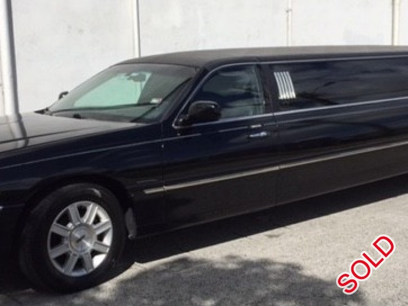 Used 2009 Lincoln Town Car Sedan Stretch Limo Krystal - Miami - $12,500