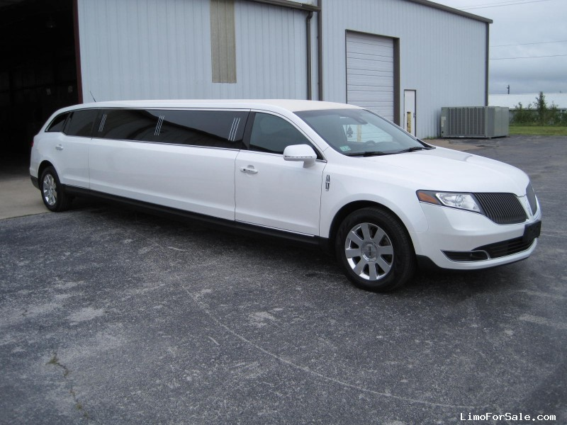 Used 2013 Lincoln MKT Sedan Stretch Limo Executive Coach Builders - Ozark, Missouri