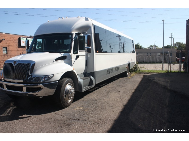 Used 2015 International 3400 Mini Bus Shuttle / Tour Federal - Dearborn, Michigan - $79,999