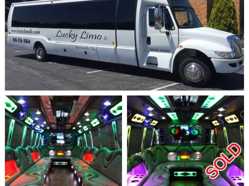 Used 2003 International 3200 Motorcoach Limo Krystal - Spencerville, Ohio - $37,500