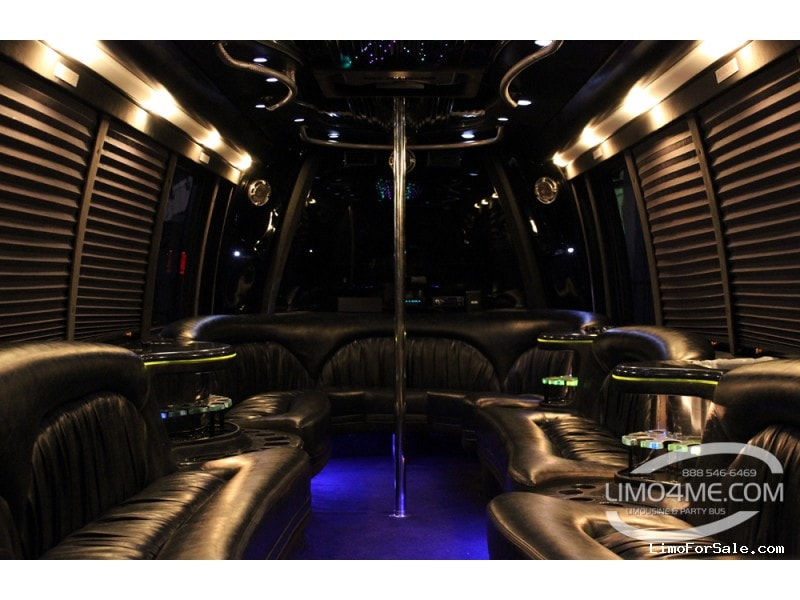 Used 2005 International Mini Bus Limo Krystal - Carson, California - $30,000