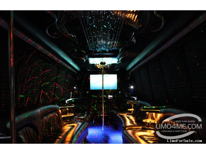 Used 2005 International Mini Bus Limo Krystal - Carson, California - $37,000