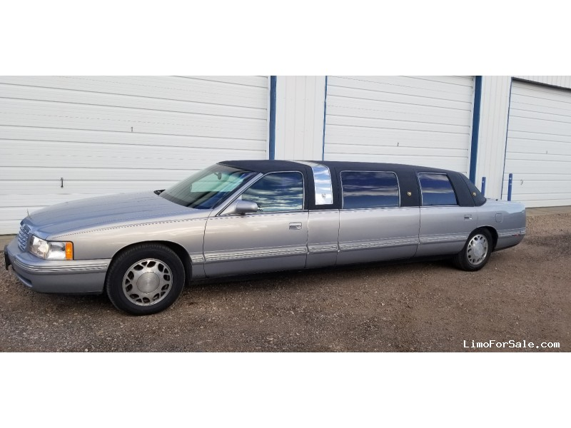 Used 1998 Cadillac De Ville Funeral Limo  - Fort Collins, Colorado - $6,000