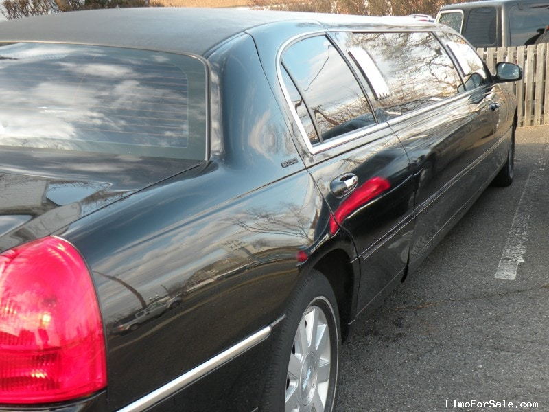 Used 2003 Lincoln Town Car Sedan Stretch Limo Royale Hackensack