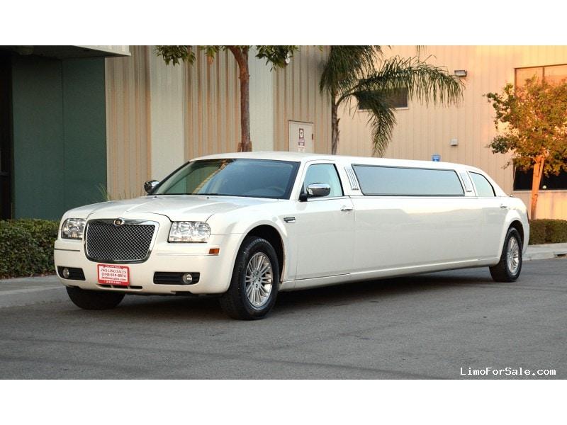 used 2010 chrysler 300 sedan stretch limo springfield fontana california 36 900 limo for. Black Bedroom Furniture Sets. Home Design Ideas