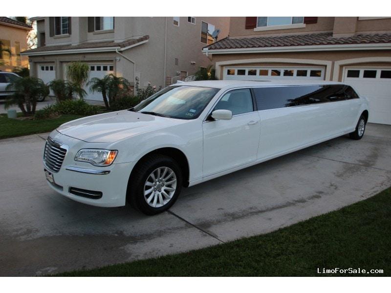 new 2014 chrysler 300 sedan stretch limo platinum coach riverside california 65 000 limo. Black Bedroom Furniture Sets. Home Design Ideas