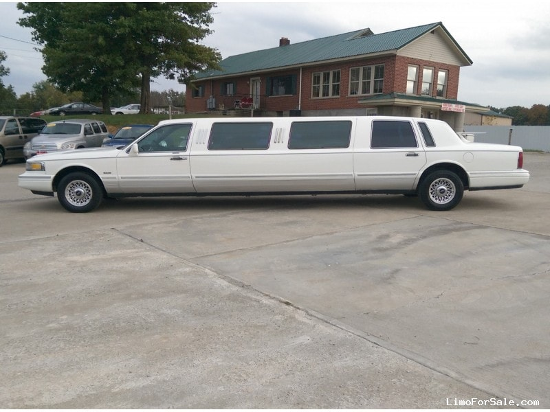 Used 1996 Lincoln Town Car Sedan Stretch Limo Lcw Amelia Ohio 5 995 For