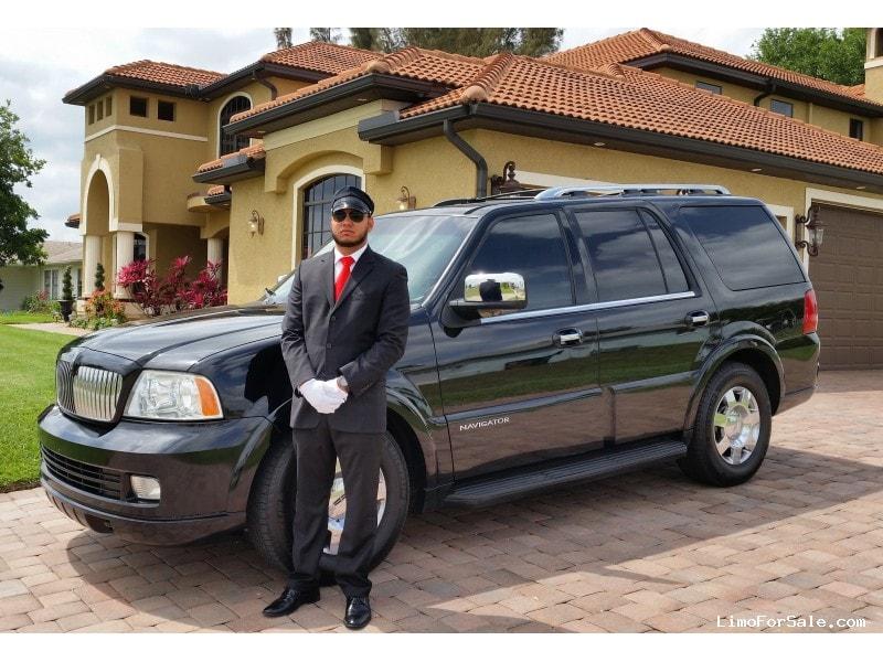 used 2005 lincoln navigator suv limo fort myers florida 14 950 limo for sale. Black Bedroom Furniture Sets. Home Design Ideas