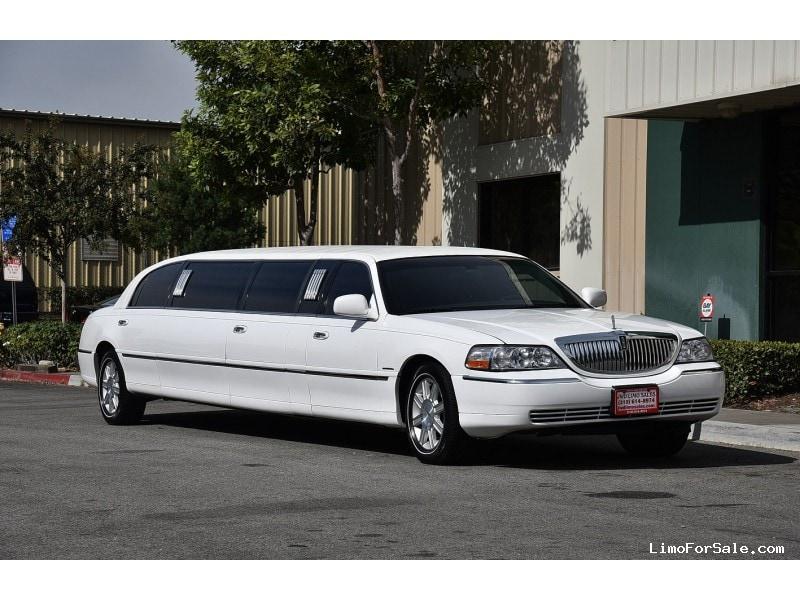used 2008 lincoln town car sedan stretch limo krystal fontana california 26 900 limo for. Black Bedroom Furniture Sets. Home Design Ideas