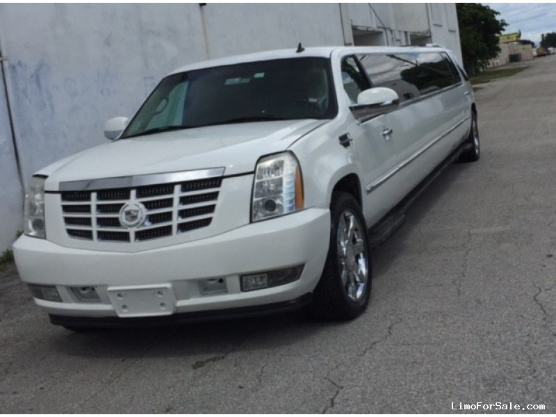 used 2008 cadillac escalade suv stretch limo miami 19 500 limo for sale. Black Bedroom Furniture Sets. Home Design Ideas