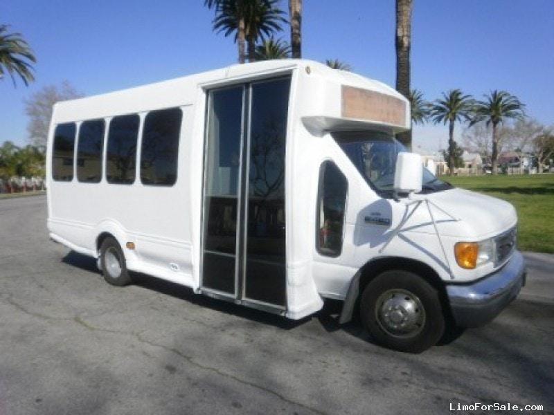 Used 2007 Ford E-450 Mini Bus Limo  - Los angeles, California - $29,995