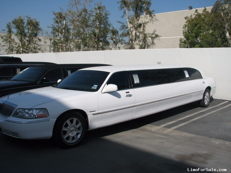 Used 2007 Lincoln Town Car Sedan Stretch Limo Krystal - Houston, Texas - $17,500